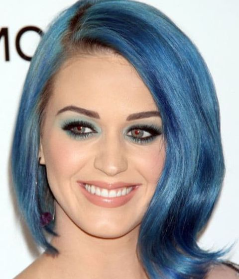 Katy Perry's short bob haircut with blue color 2021-2022