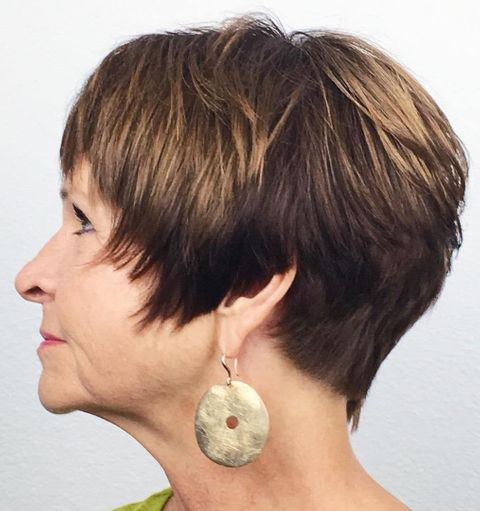 Short haircut with highlight brown balayage