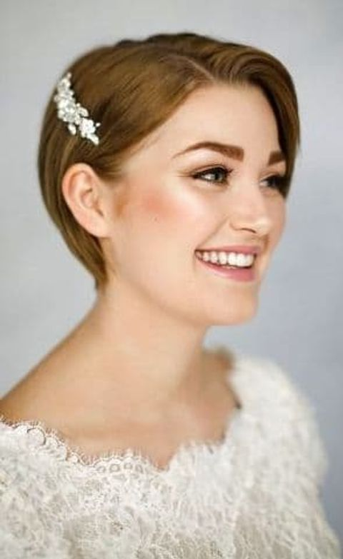 Brown hair color short haircut for wedding