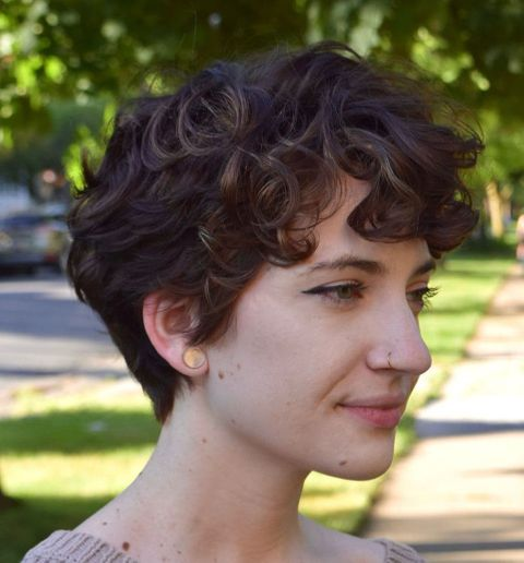 Short Hairstyle with Natural Texture
