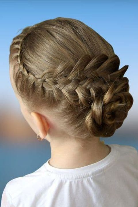 Modern bun hair for kids