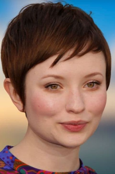 Pixie hair ideas for women with round face shapes