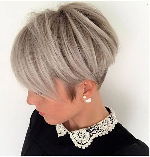 Layered thin hair short bob cut