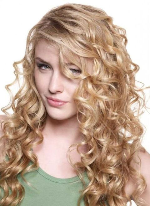 Blonde Long Curly hairstyles 2021-2022