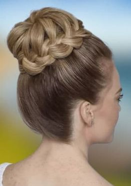 Easy bun hairstyles for women