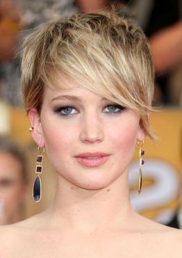 Jennifer Lawrence short pixie haircut with bangs